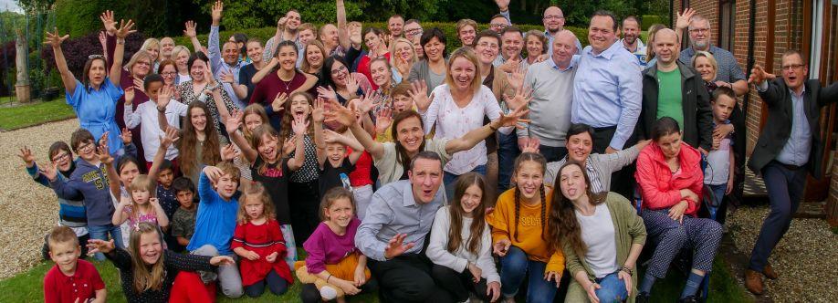 Koinonia Jan Chrzciciel UK: uwielbienie, konferencja i agapa.