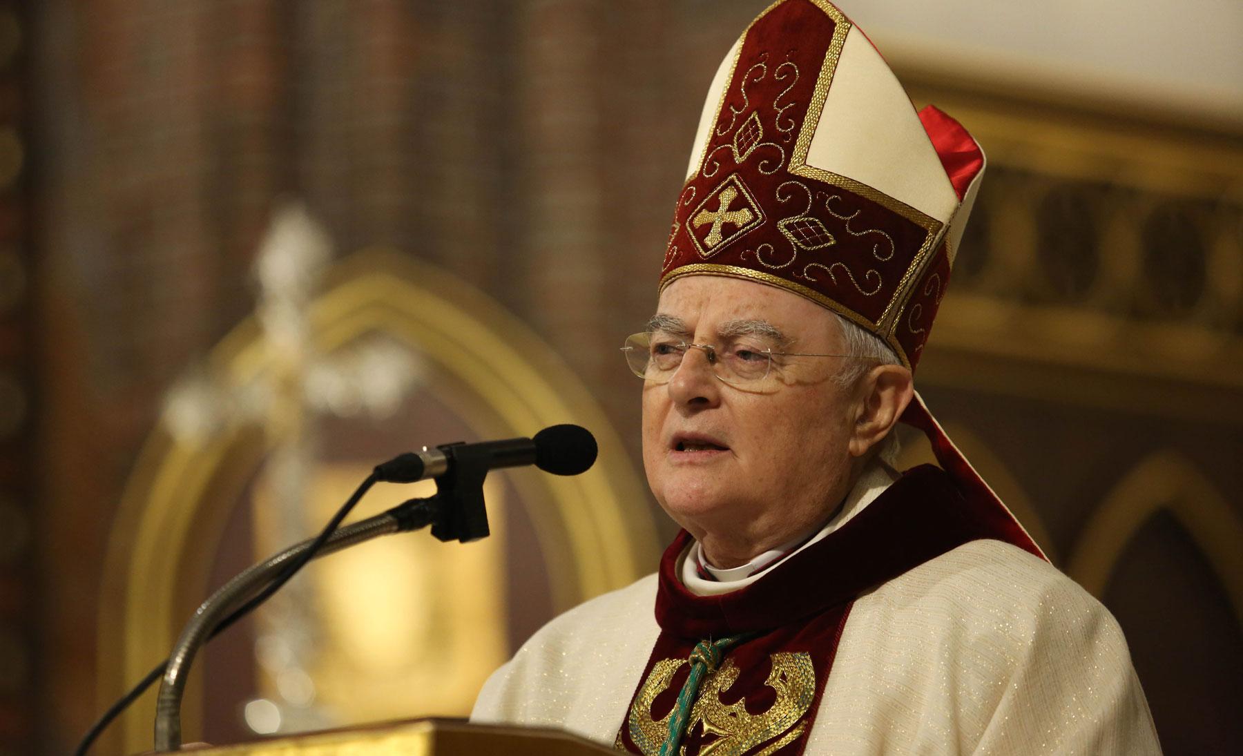 W wieku 78 lat zmarł abp Henryk Hoser SAC | Fronda.pl