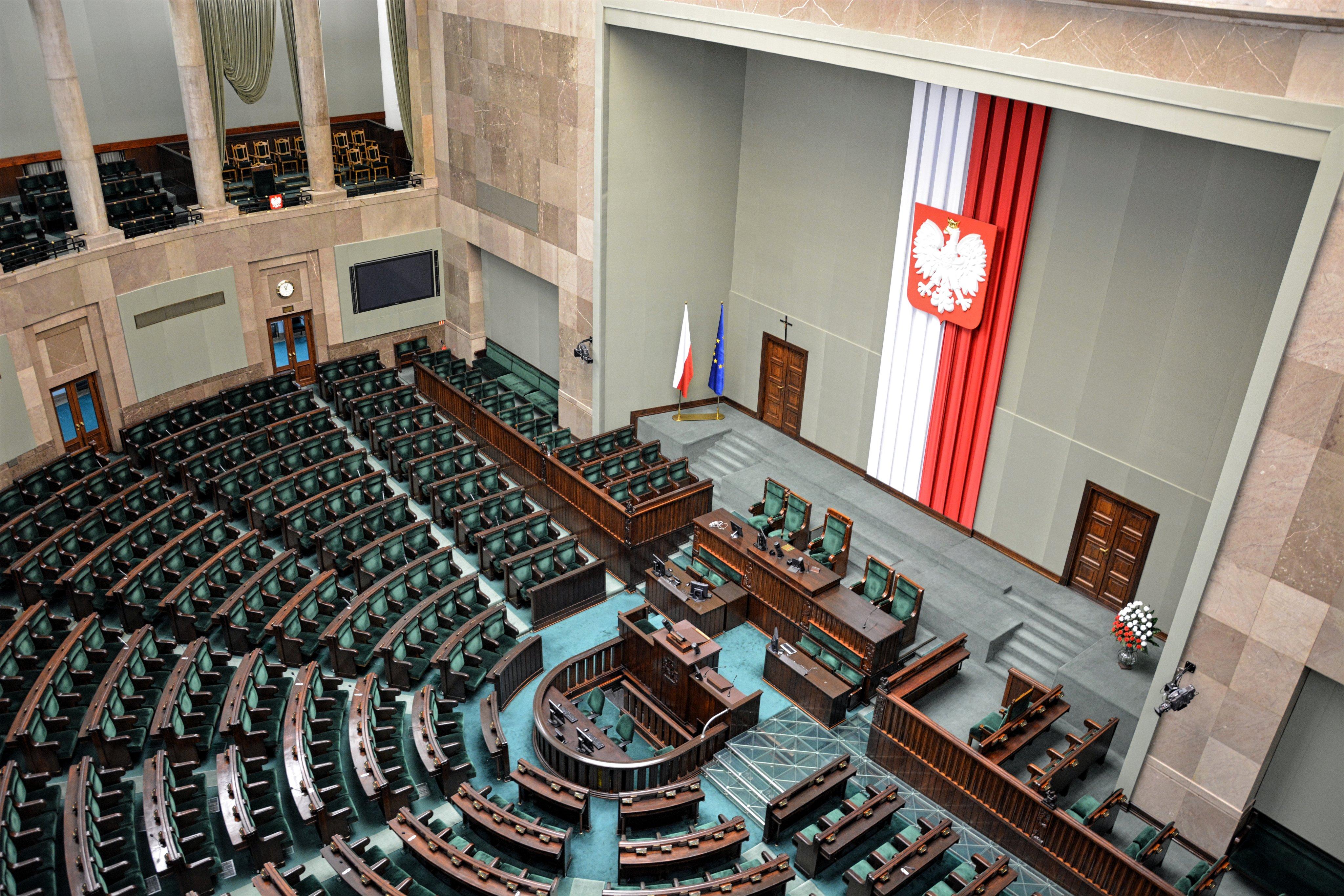 Do Sejmu trafił projekt ustawy chroniący nienarodzone dzieci - Radio Poznań